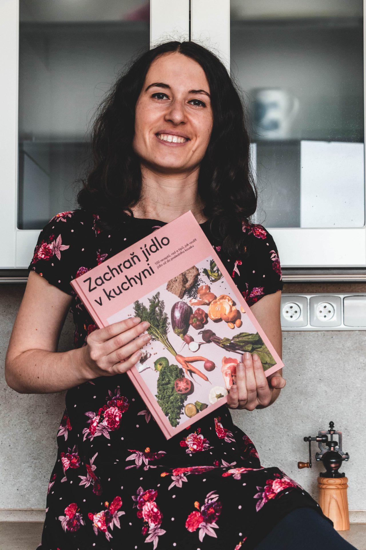 Kniha Zachraň jídlo v kuchyni